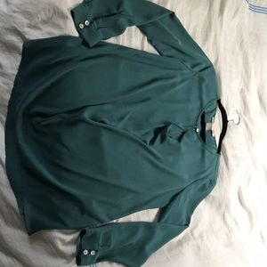 Tops - Long sleeved teal top with opening